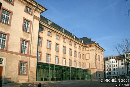 Reiß Museum - art, local history and theatre museum