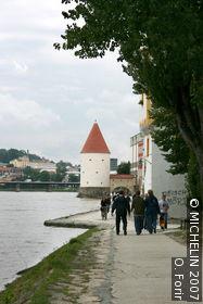 Confluence Promenade