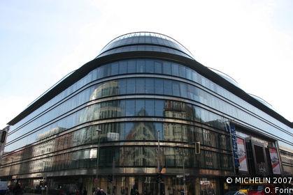 Friedrichstadtpassagen shopping district