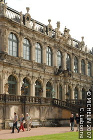Zwinger Palace : Armoury