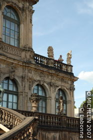 Zwinger Palace : Mathematisch-Physikalischer Salon