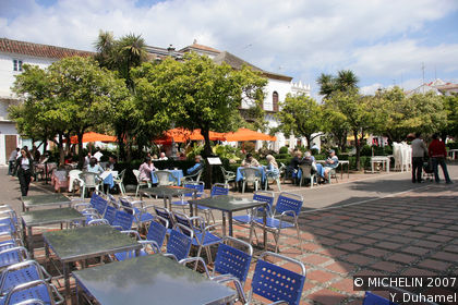 Orange Tree Square (Plaza de los Naranjos)