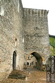 En-Haut (upper) gateway