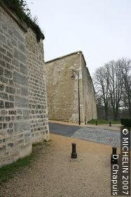 Midi rampart and the Ardon gate