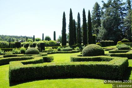Manoir d'Eyrignac gardens
