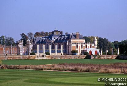 Champ-de-Bataille Manor