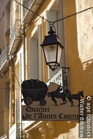 Ancien Courrier Quarter