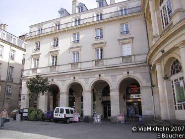 Place de l'Hôtel-de-Ville