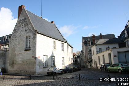 Place Grégoire-de-Tours