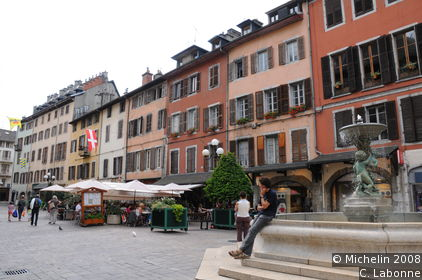 Place St-Léger