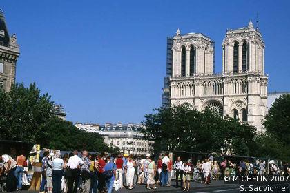 Quai St-Michel