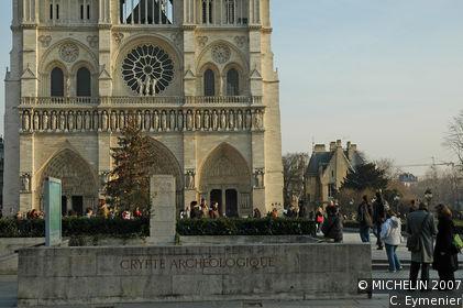 Crypte Archéologique de Notre-Dame