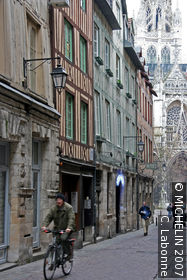 Rue St-Romain
