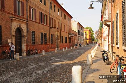 Hercule I d'Este Avenue (Corso Ercole I d'Este)