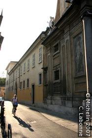 Via dei Musei (Museum street)