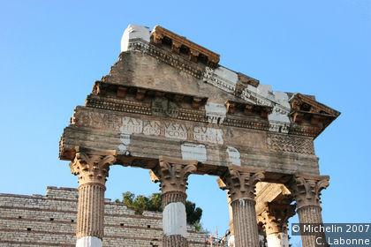 Tempio Capitolino (Capitolino Temple)