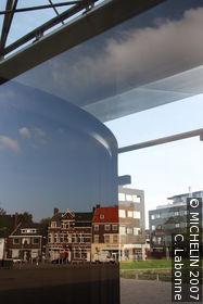 De Pont (Stichting voor Hedendaagse Kunst)