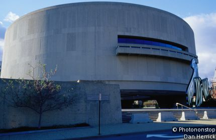 Hirshhorn Museum and Sculpture Gallery