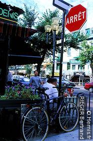 Rue Saint-Denis (Montreal)