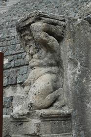 Pompei : l'Odéon - détail d'une sculpture