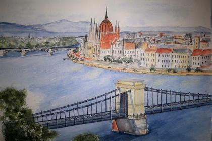 Blick über die Kettenbrücke auf Budapest