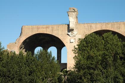 Rome : la Basilique de Maxence