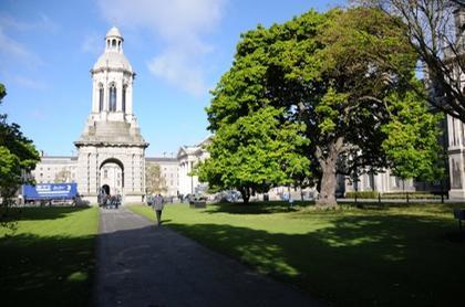 Campanile du Trinity College of Dublin