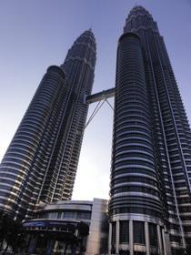 Tours Petronas