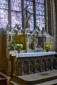 L'autel fleuri