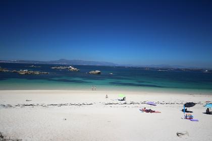 Ria de Arousa : une plage. Attention, l'eau est froiide !
