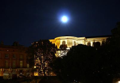 La Daurade sous la lune