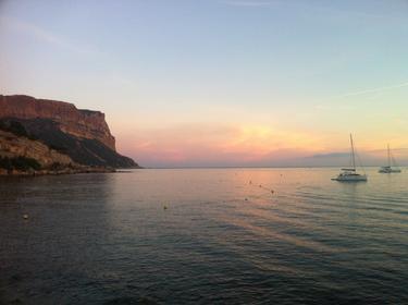 Cap Canaille depuis la plage de Cassis