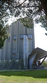 Notre-Dame de Royan côté jardin