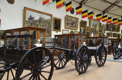 Musée royal de l'armée et d'Histoire militaire : salles d'armes et d'armures