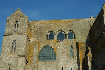 Cloître de l'abbaye du Mont-Saint-Michel : facade Ouest