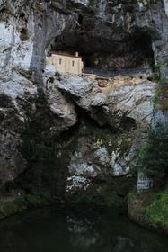 Grotte (2)