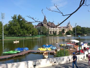 Budapest - City Wood - view to Városligeti-tó
