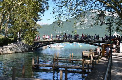 Annecy : le Pont des Amours