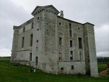 Château de Maulnes
