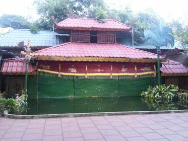 theatre de marionnettes sur l eau de Hue