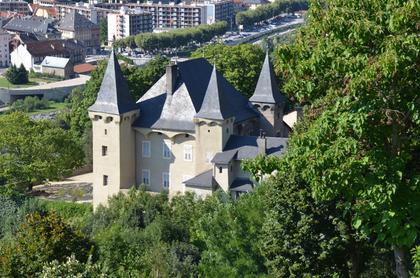 Conflans : château Manuel de Locatel