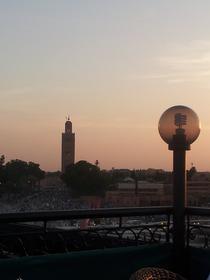 Place Jemaa el Fna au coucher du soleil