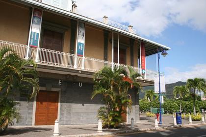 Port Louis, Le Blue Penny Museum