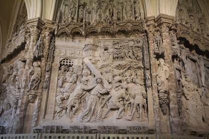 Cathédrale de Burgos : un bas-relief du choeur