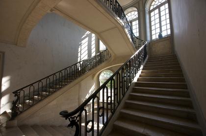 Monumental escalier à double révolution