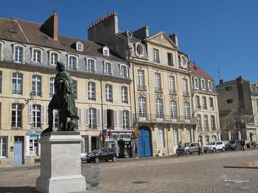 Place St-Sauveur