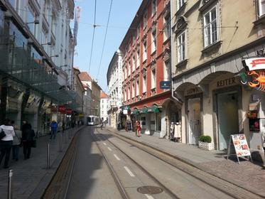 Sackstrasse Graz vom Hauptplatz her