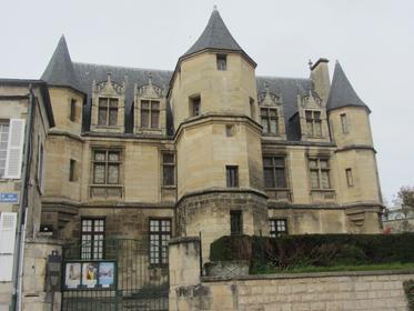 Musée de Pontoise (musée Tavet-Delacour)