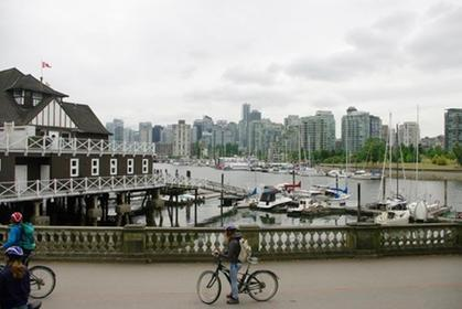 Cycling around Stanley Park