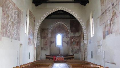 Santa Maria Del Casal Nef